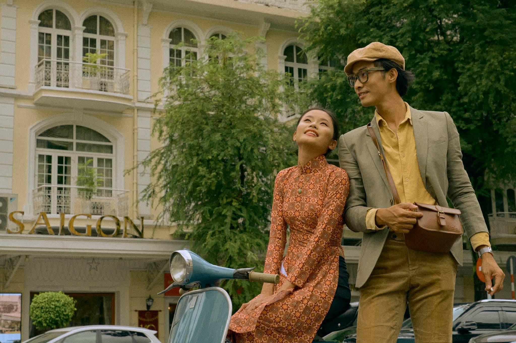 Bộ ảnh tình yêu cực 'ngọt' của cặp đôi trẻ trong dáng vẻ Sài thành xưa