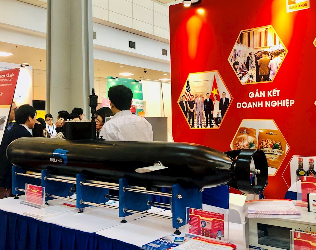 """Thiết bị lặn không người lái Dolphin mang thương hiệu """"made in Vietnam"""""""
