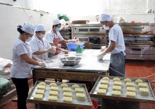 Lào Cai: Tăng cường đảm bảo an toàn thực phẩm trong dịp Tết Trung thu