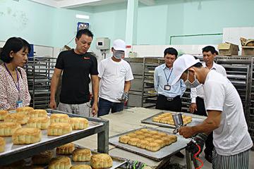 Phát hiện nhiều sai phạm về an toàn thực phẩm trước Tết trung thu