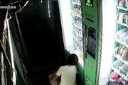 Tên trộm bị bắt vì 'trêu ngươi' camera an ninh