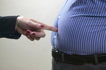 Ăn ít vẫn béo bụng, vì sao?