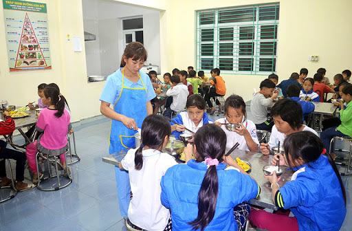Hà Nội: Sẽ siết chặt an toàn thực phẩm trường học sau các vụ ngộ độc liên tiếp