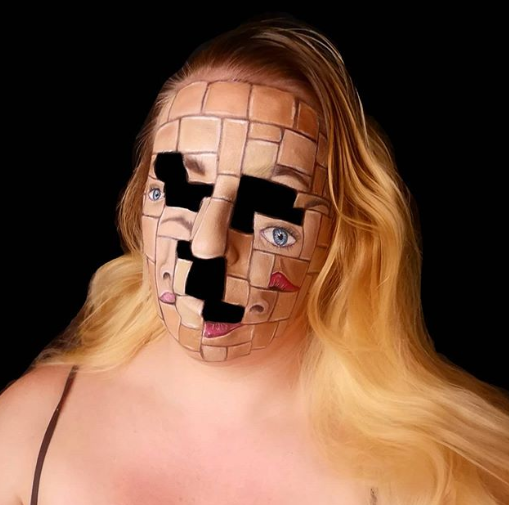 Choáng với khả năng biến hóa tạo gương mặt gây ảo giác khiếp sợ