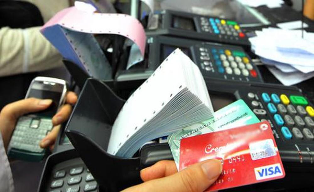 Nghệ An: Thanh toán học phí không dùng tiền mặt, không áp đặt phụ huynh phải mở tài khoản tín dụng