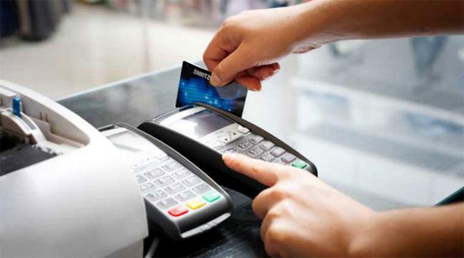 Kon Tum: Đẩy mạnh ngân hàng điện tử giúp người dân thực hiện thanh toán các dịch vụ công