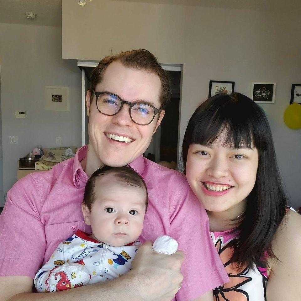 Con rể Canada học tiếng Việt để lấy lòng bố vợ