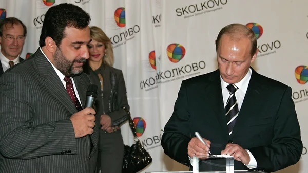 Tỷ phú Nga kêu gọi ông Putin can thiệp vào xung đột Nagorno-Karabakh