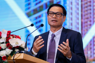 Thay tướng ở Coteccons, ông Nguyễn Bá Dương rời ghế, cổ phiếu CTD rớt thảm