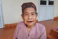 Nhờ Facebook, bà cụ 80 tuổi tìm thấy con gái sau 26 năm mất tích