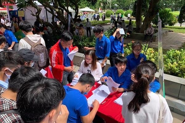 100% sinh viên Trường ĐH Bách khoa Hà Nội thực hiện thanh toán học phí không dùng tiền mặt