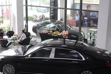 Tồn 85 nghìn chiếc ô tô từ năm ngoái, giá xe sẽ còn giảm mạnh?