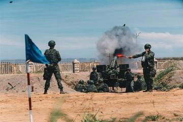 Đài Loan sắp nhận 3 gói vũ khí lớn từ Mỹ?