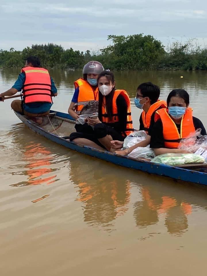 mien trung lũ lụt