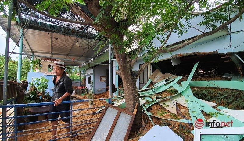 Quảng Nam: Xót xa những ngôi nhà tan hoang, đổ nát do sạt lở