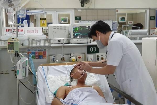 Đám giỗ ở Bắc Ninh mua rượu trên mạng, 3 thanh niên nhập viện
