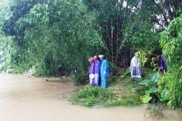 Nghệ An: Lật thuyền trên sông Giăng, 1 người mất tích