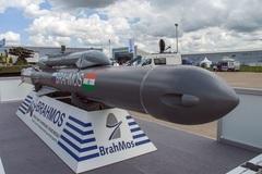 Ấn Độ công bố video phóng thành công tên lửa hành trình BrahMos