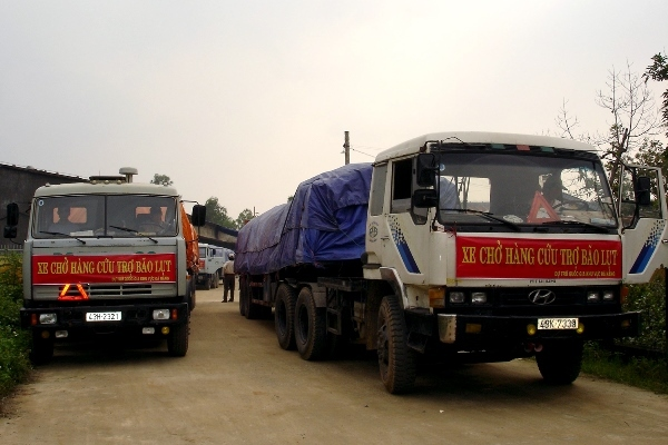 Kịp thời đưa 5.000 tấn gạo dự trữ quốc gia tới tận tay người dân vùng bị thiên tai, mưa lũ