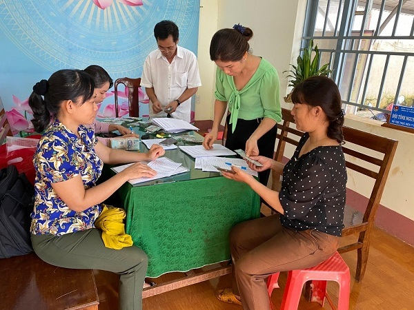 Bình Phước: Giải ngân 1 tỷ đồng vốn chương trình hỗ trợ phụ nữ giảm nghèo tại 4 xã