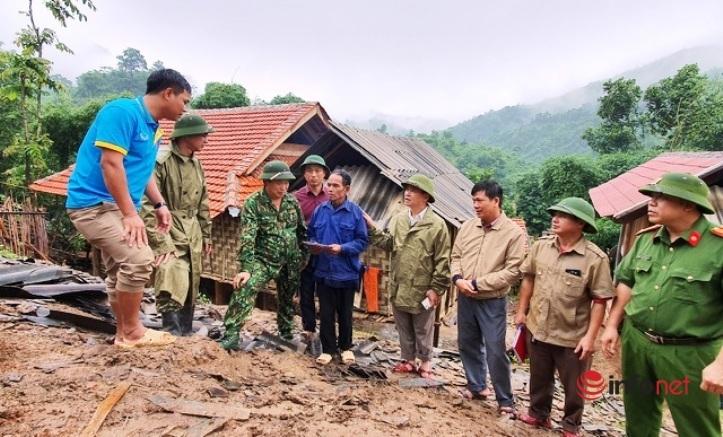 Nguy cơ sạt lở núi, huyện biên giới di dời khẩn cấp hơn 1.000 người dân