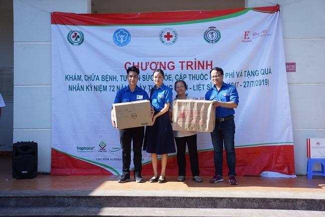 BHXH Việt Nam tích cực tham gia vì người nghèo