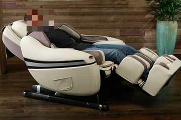 Nghe dỗ ngọt bỏ gần trăm triệu mua máy massage, rước về... đống sắt vụn