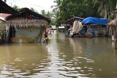 Bão nhiệt đới Saudel đổ bộ vào Philippines gây lũ lụt nhiều nơi