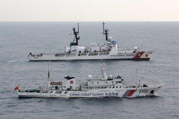 Tàu cá TQ hoành hành, lực lượng tuần duyên Mỹ có phản ứng