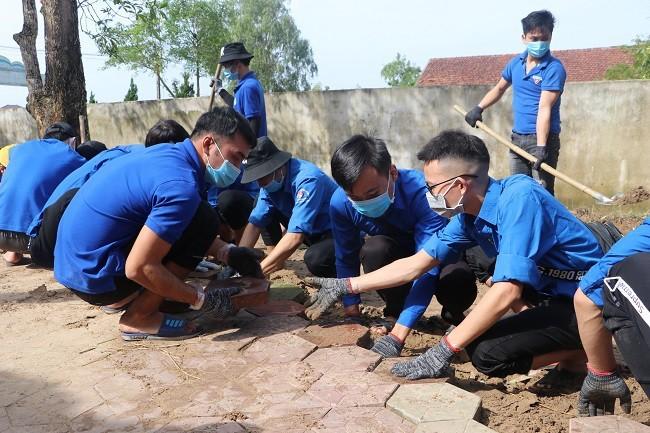 mưa lũ,Nghệ An,Hà Tĩnh,khắc phục hậu quả,tình nguyện,cứu trợ