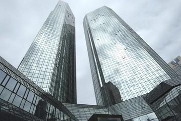Thêm ngân hàng vào danh sách các ngân hàng triển khai nộp thuế điện tử