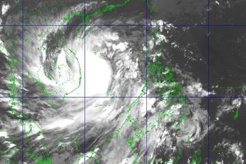 Tin bão số 9 mới nhất tối 27/10: Đổ bộ đất liền Đà Nẵng - Phú Yên với gió mạnh cấp 13