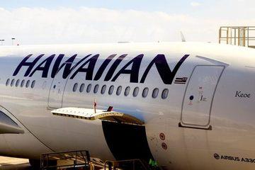 Hành khách ngang ngược đòi mở cửa máy bay giữa không trung