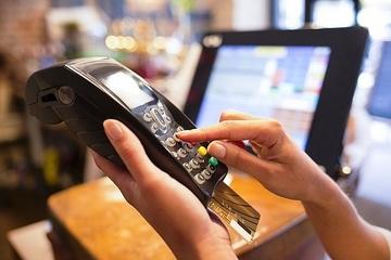 """Đồng Nai: Dự kiến đến cuối năm 2020 sẽ """"xóa sổ"""" hình thức thanh toán tiền điện tại nhà"""