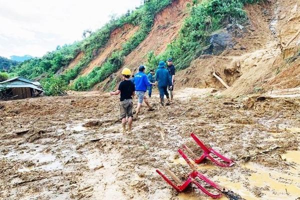 Quảng Nam: Tìm thấy thi thể thứ 8 trong vụ sạt lở ở huyện Phước Sơn