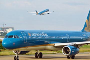 Khách đốt khăn trên máy bay Vietnam Airlines bị phạt 2 triệu đồng