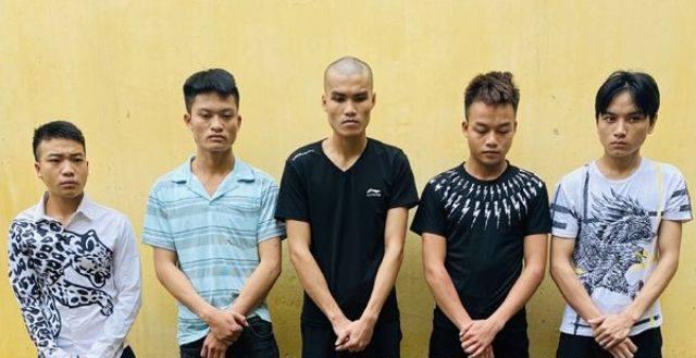 Thanh Hóa: Bắt nhóm thanh niên chặn đường đánh người cướp xe máy