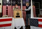 Hình ảnh đầu tiên về cử tri Mỹ trực tiếp đi bầu Tổng thống giữa đêm