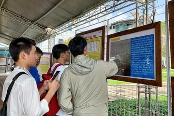 """Triển lãm bản đồ và trưng bày tư liệu """"Hoàng Sa, Trường Sa của Việt Nam"""""""