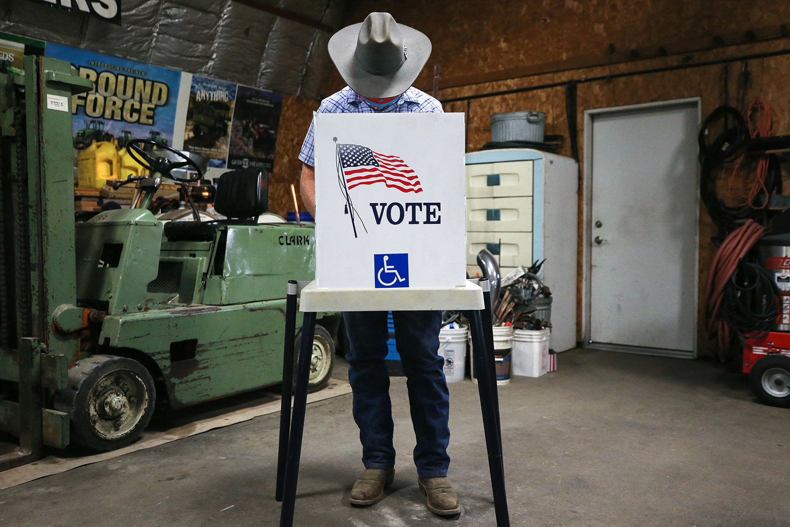 Bầu cử TT Mỹ 2020: Ông Biden 'phản pháo' tuyên bố của ông Trump