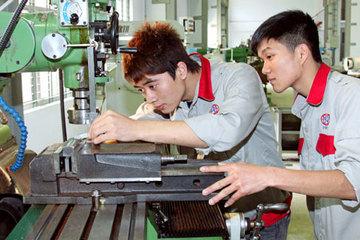 Bộ GD&ĐT cho phép trường nghề được dạy các môn văn hóa
