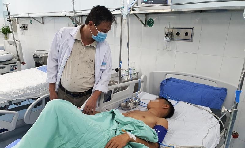 Quảng Nam: Xô xát lúc nửa đêm, nam thanh niên bị bắn nhập viện với 13 vết đạn
