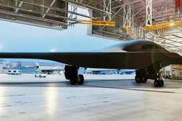 Siêu UAV tàng hình RQ-180 'khủng' nhất thế giới 'hiện hình'