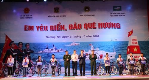 """Tổ chức hội thi """"Em yêu biển đảo quê hương"""" tại Thường Tín, Hà Nội"""