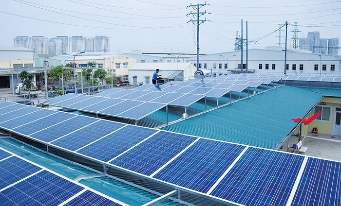 Hà Nội: Lượng khách hàng đăng ký lắp đặt điện mặt trời mái nhà ngày càng tăng