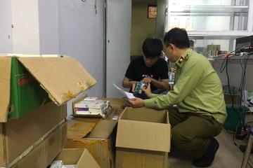 Hà Nội: Thu giữ số lượng lớn máy hút thuốc lá điện tử không có hóa đơn chứng từ