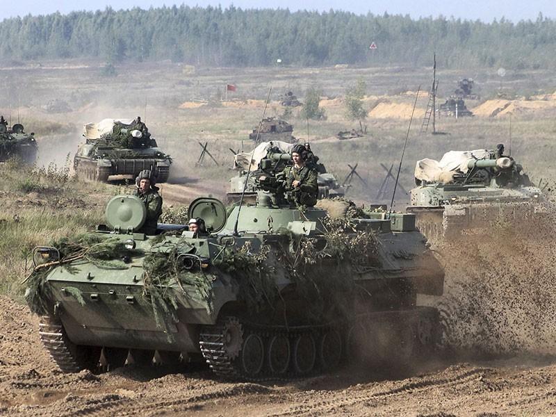 Mỹ và NATO ra sao khi Belarus cho phép Nga lập căn cứ Không quân?