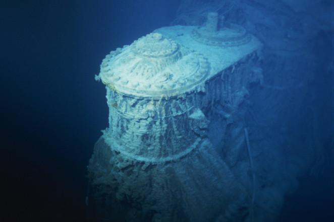 Trải nghiệm thám hiểm xác tàu Titanic dưới đáy đại dương