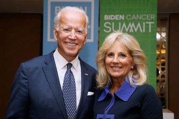Vợ ông Biden phá vỡ truyền thống 230 năm của các Đệ nhất phu nhân Mỹ?