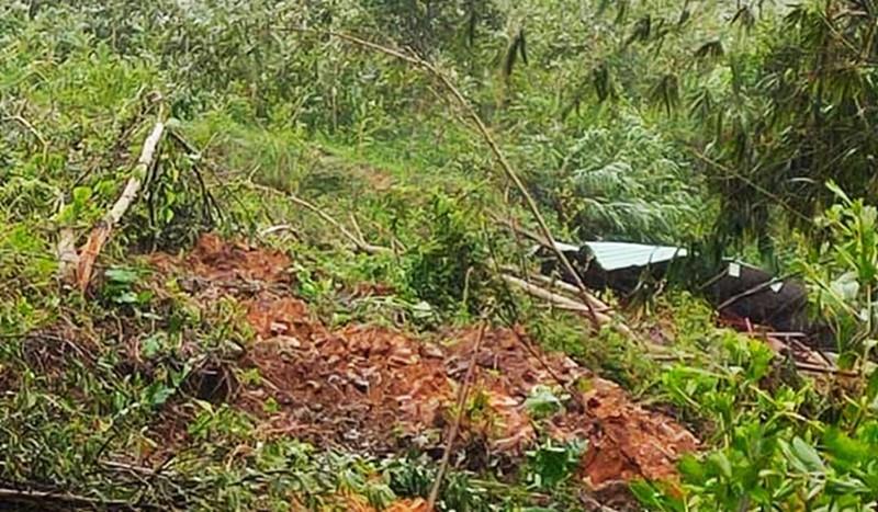 Quảng Nam lại sạt lở đất, một người tử vong